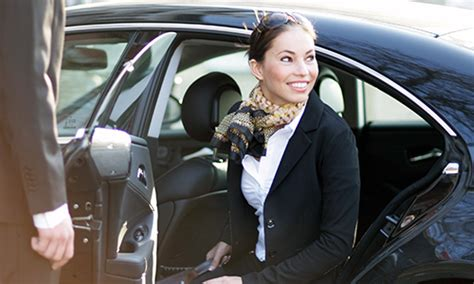 How to become a Chauffeur / Limousine driver - Tips to
