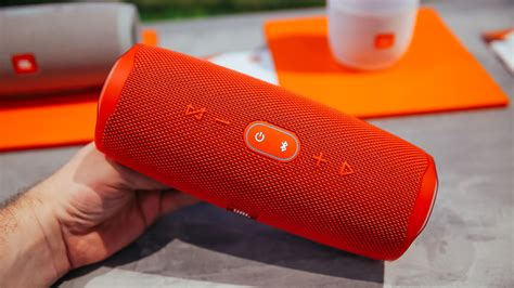 JBL Charge 4 IFA 2018 - Review Position