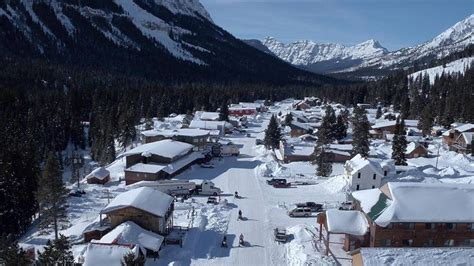 Cooke City: The Snowiest Town In Montana