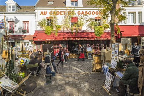 The Top Things to Do Around Paris' Place du Tertre